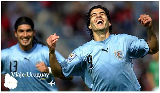 Los dos equipos más populares del fútbol de Uruguay son Peñarol y Nacional,