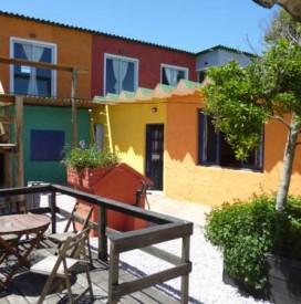Valizas hostel en barra de valizas uruguay for Avenida muebles uruguay